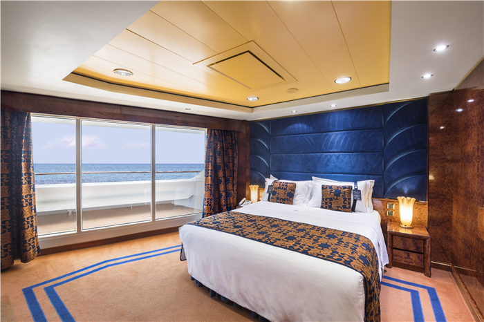 EXECUTIVE & FAMILY SUITE MSC YACHT CLUB-游艇会行政家庭房 4556.jpg